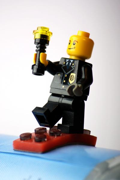 HFG Karlsruhe - Plastic Toys: LEGO 2.0